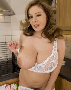 lonely housewife sex chat